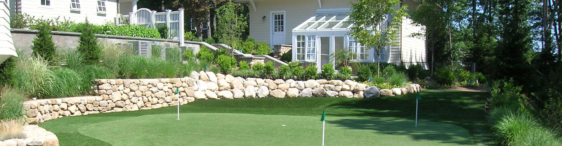 onelawn backyard putting green installers